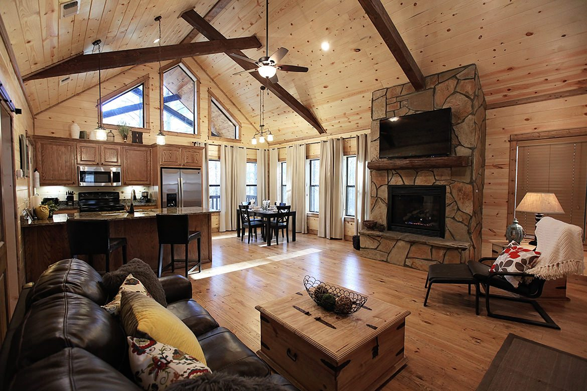 Hillside Paradise Cabin In Broken Bow Ok Sleeps 2