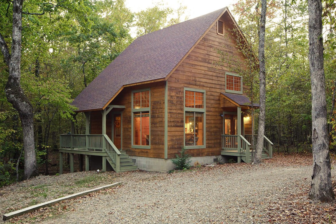August Creek Cabin in Broken Bow, OK - Sleeps 2+ - Hidden Hills Cabins