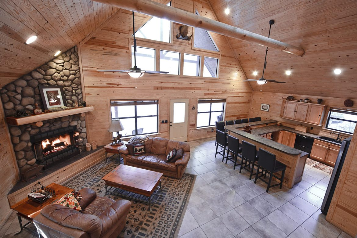 Big Bear Cabin In Broken Bow Ok Sleeps 8 Hidden