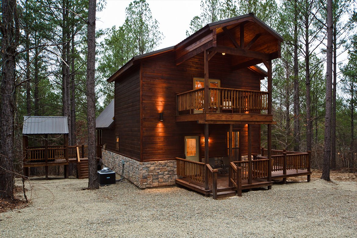 Hillside Hideaway Cabin In Broken Bow Ok Sleeps 4