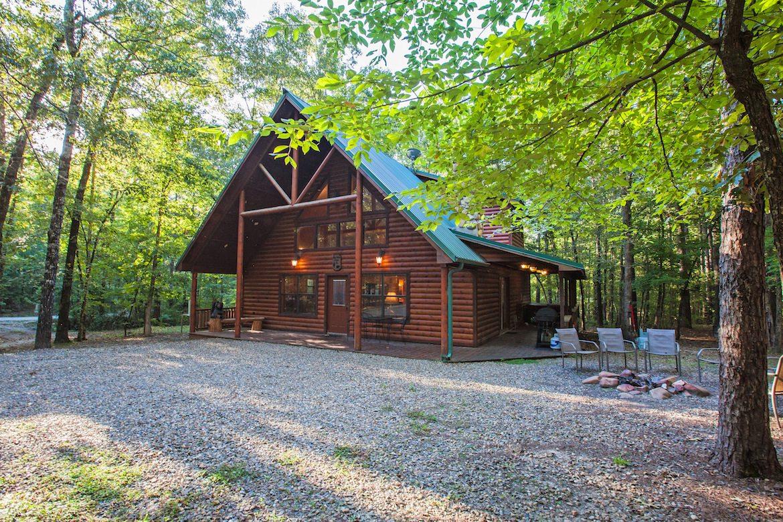 Big Bear Cabin In Broken Bow Ok Sleeps 8 Hidden