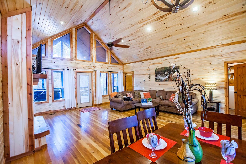 Run A Muk Cabin In Broken Bow Oklahoma Sleeps 4