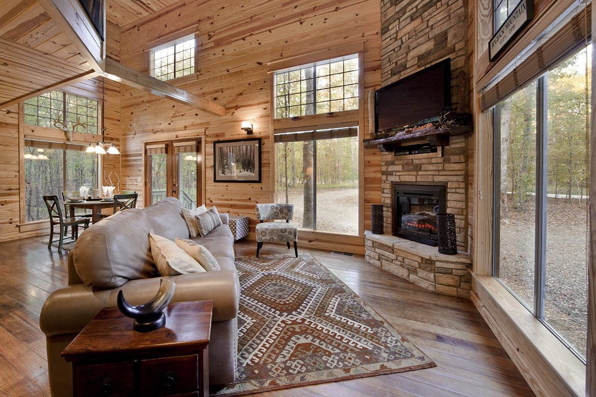 August Creek Cabin in Broken Bow, OK - Sleeps 2+ - Hidden ...