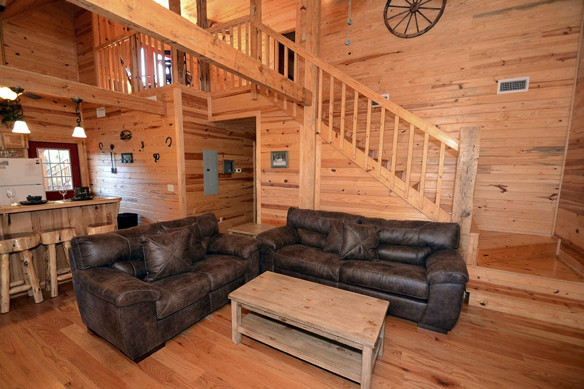 Cubby Bear Cabin In Broken Bow Ok Sleeps 8 Hidden