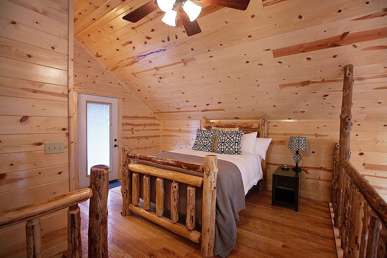 hidden hickory cabin in broken bow  ok - sleeps 2