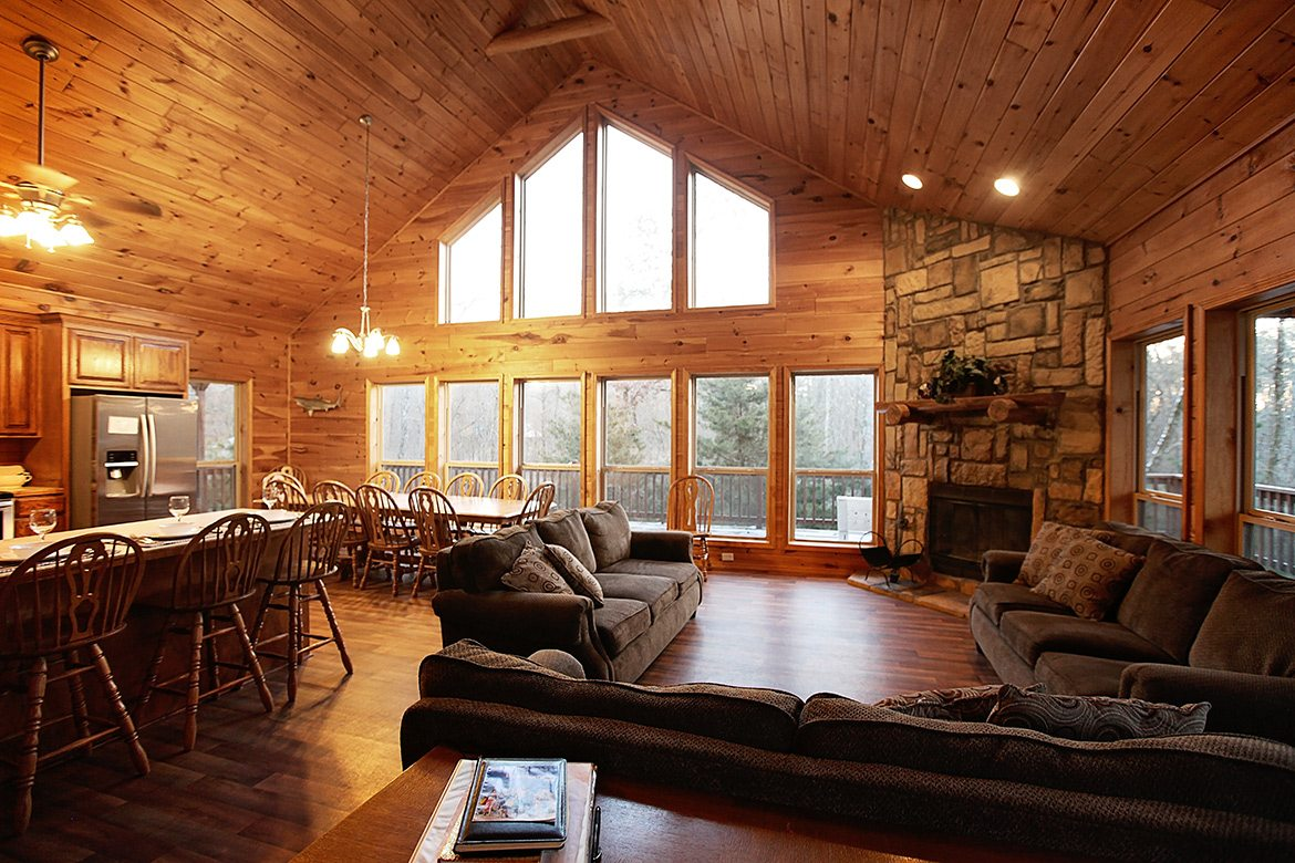 Lone Star Lodge Cabin In Broken Bow Ok Sleeps 15